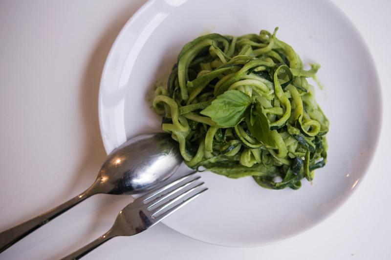 Basilikum Pesto mit Pasta -nathaliescuisine
