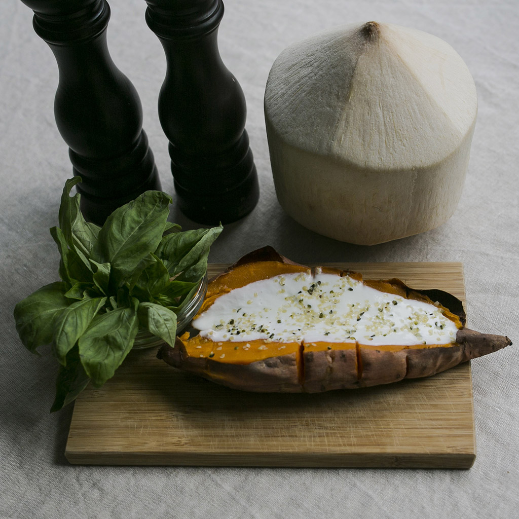 Baked_sweet_potato_with_coconut_nathalie's_cuisine