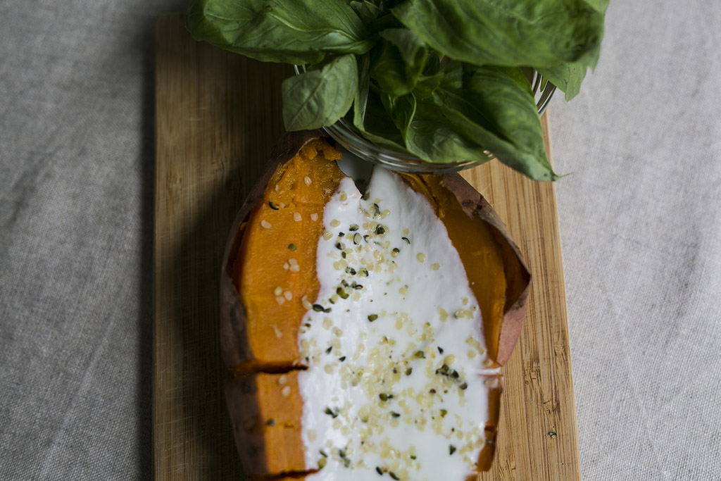 Baked_sweet_potato_with_coconut_nathalie's_cuisine_2