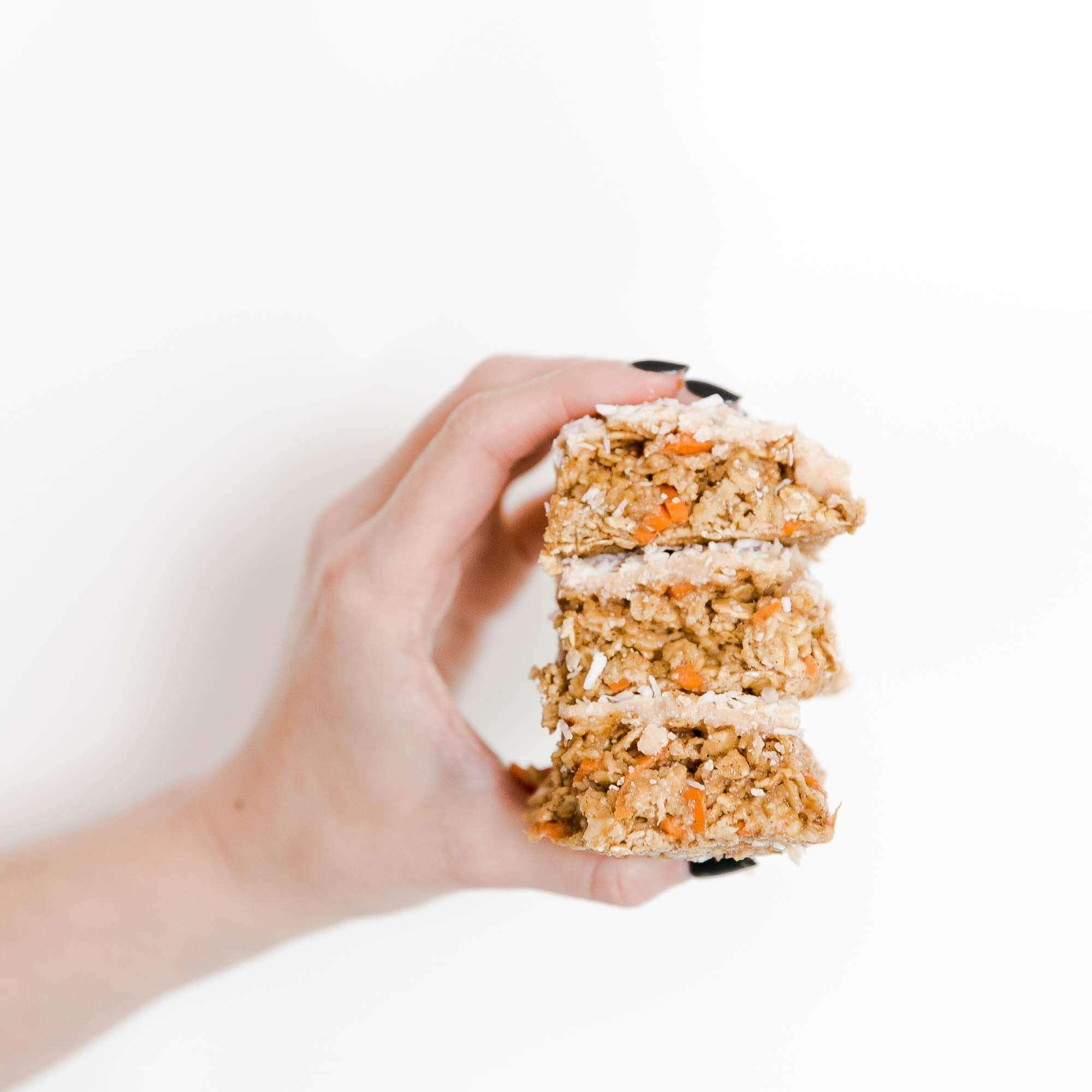raw_carrot_cake_breakfast_bars_nathalie's_cuisine